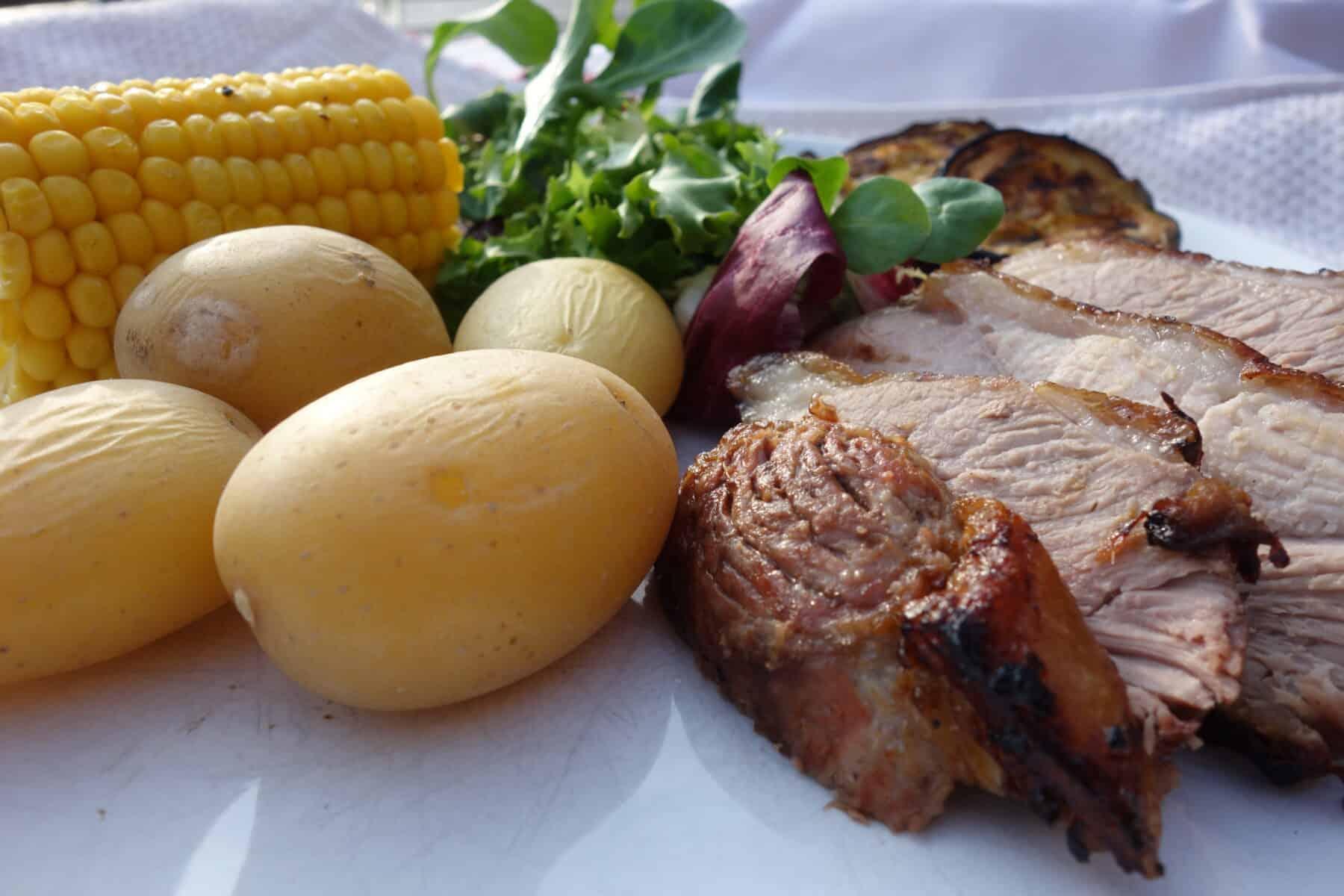 butterflied-leg-of-lamb-with-vegetable-kebabs
