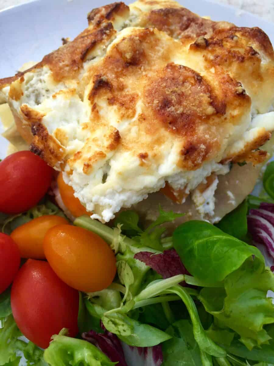 baked-ricotta-and-spinach-cannelloni-in-tomato-sauce
