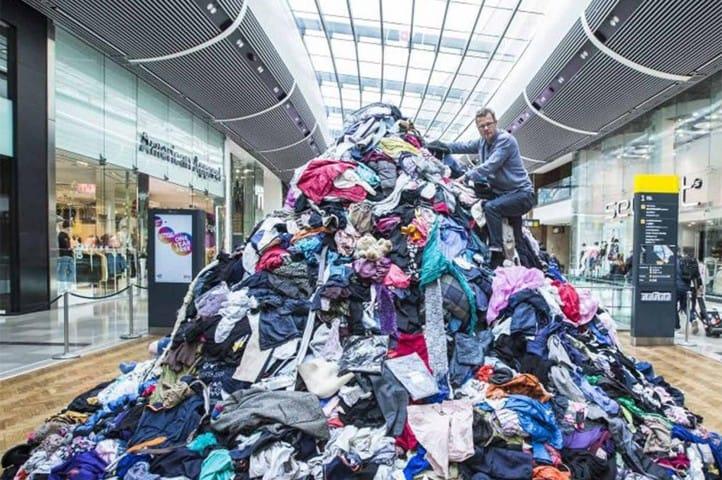 clothes-mountain-waste-shopping-centre