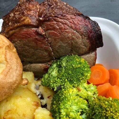 roast-beef-yorkshire-pudding-roast-potatoes-veggies-and-gravy