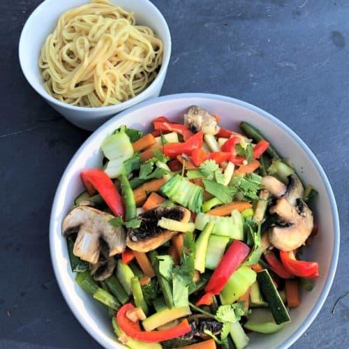 summer-vegetable-stir-fry-with-noodles