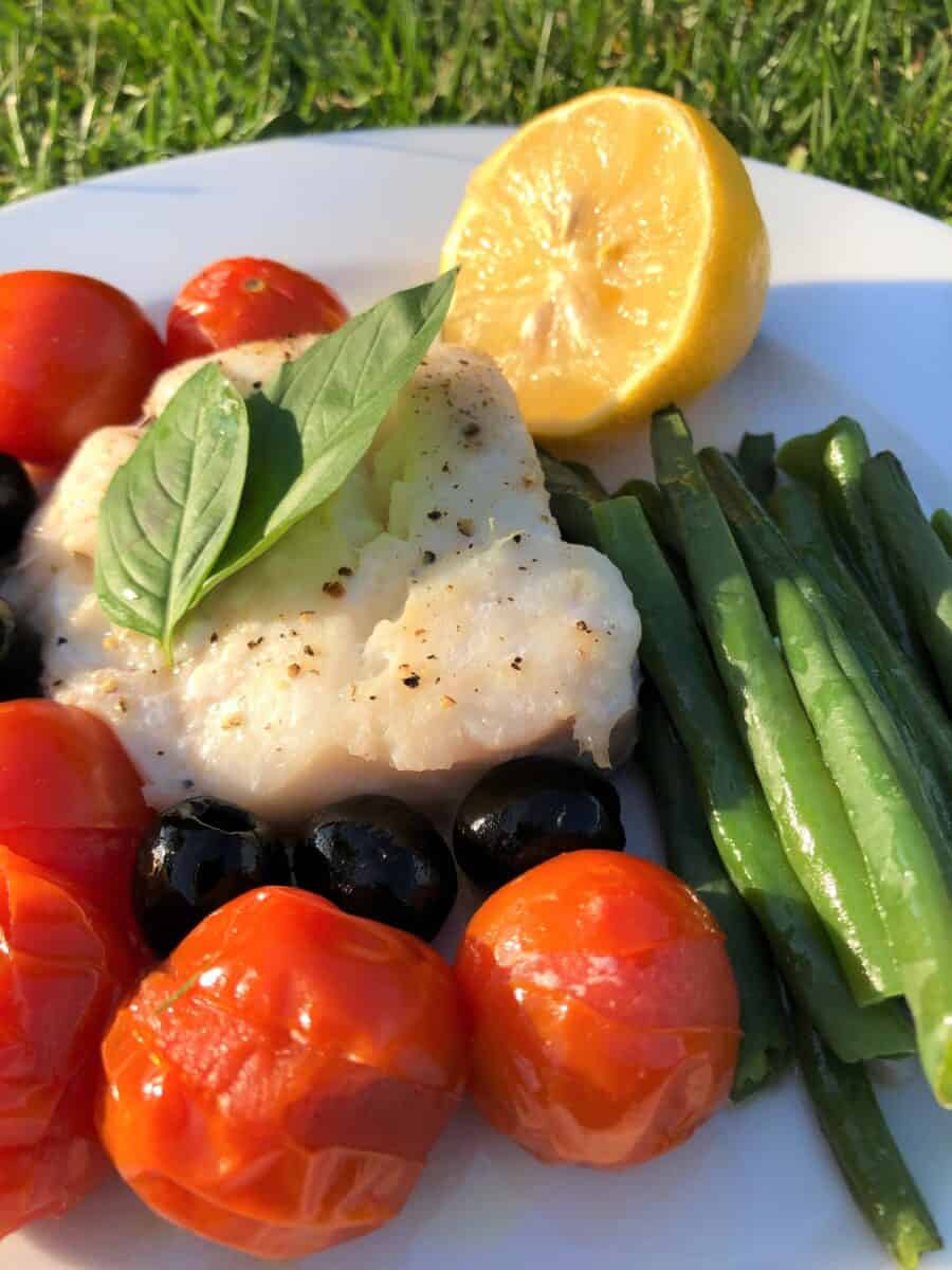 tray-baked-fish-with-tomatoes-runner-beans-olives