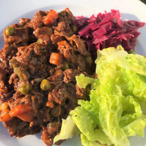 hot-pot-lancashire-vegetables-pickled-cabbage