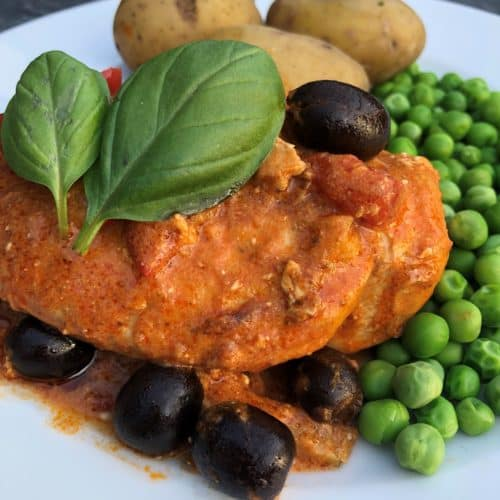 chicken-with-red-pesto-and-olives